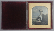 Visualizza Three quarter portrait of a seated young woma… anteprime su