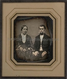 Esikatselunkuvan Porträt eines unbekannten jungen Ehepaares, K… näyttö