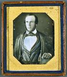 Visualizza Mann mit blauer Weste, USA, ca. 1844 anteprime su