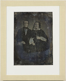 Visualizza Portrait of a man with glasses and a woman wi… anteprime su