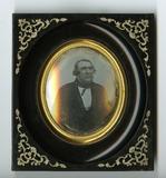 Visualizza Portrett av mann. Portrait of a man anteprime su
