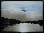 Visualizza View of the Senna's river in Paris in a cloud… anteprime su