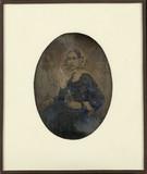 Forhåndsvisning av Portrait de femme, à mi-jambes, assise, de tr…