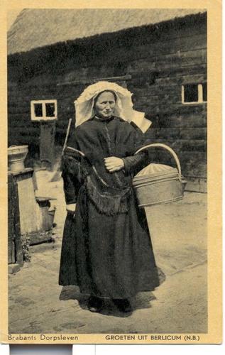 vrouw met korf en poffer