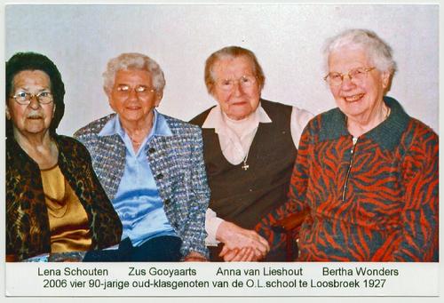 90-jarige klasgenoten