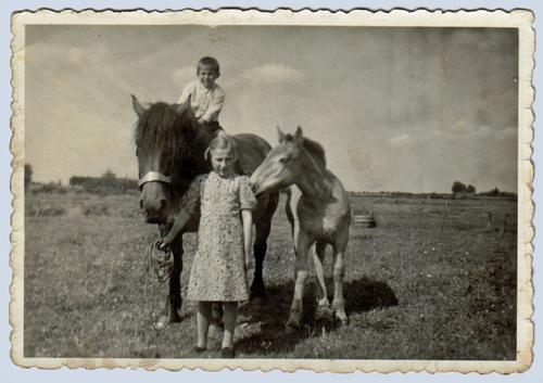 Jan en zus Drika Pepers