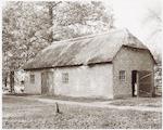 Landgoed Schothorst: kleine stal nabij de villa.Oo...