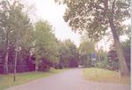 Sparrenlaan in Soest, met links de tuin van bungal...