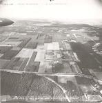 Luchtfoto van kazerne De Boskamp aan de Appelweg. ...