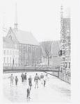 Schaatspret op de Westsingel bij het bruggetje naa...