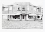 Gordijnenwinkel aan de Arnhemseweg 92, hoek Albert...