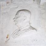 Reliëf van generaal De Lannoy in het interieur va...