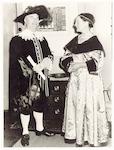 Burgemeester Molendijk en zijn echtgenote, mevrouw...