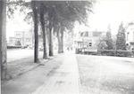 De Van Weedestraat (in noordwestelijke richting) i...