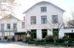 Hotel Oud Leusden aan de Vlooswijkseweg 1(in de ho...