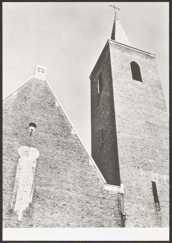 Afbeelding van de madonna op de gevel van de kapel van for 500 hillside terrace bessemer al
