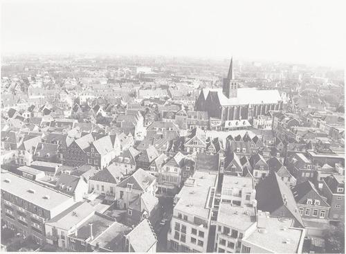 Luchtfoto vanaf de Onze Lieve Vrouwetoren naar het noorden.