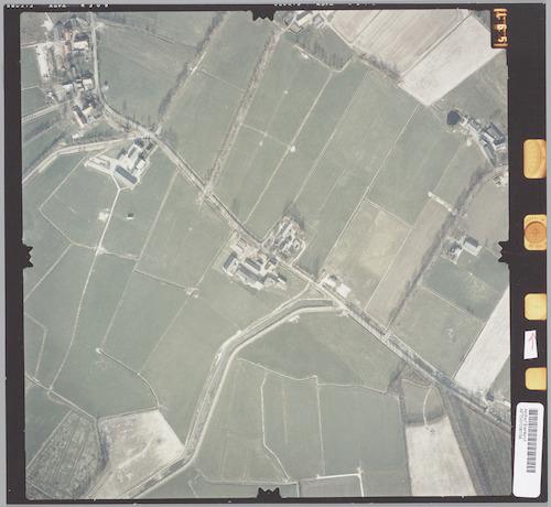 Luchtfoto van de Coelhorsterweg en Malewetering, met rechts de Mgr. van de Weteringstraat. Linksboven de Krachtwijkerweg, Hoogenhorsterweg en Slaagseweg.