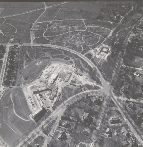 Luchtfoto van het nieuwe ziekenhuis De Lichtenberg in aanbouw, aan de Utrechtseweg 160.