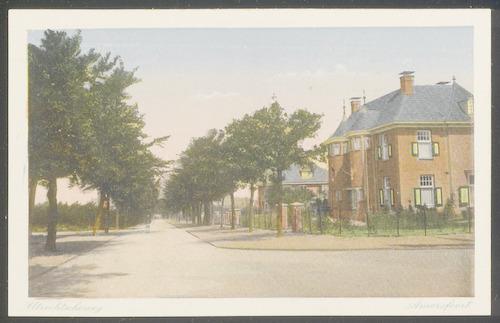 De Utrechtseweg, vanaf Huize Paaslo op nr. 154, hoek Vondellaan omlaag.