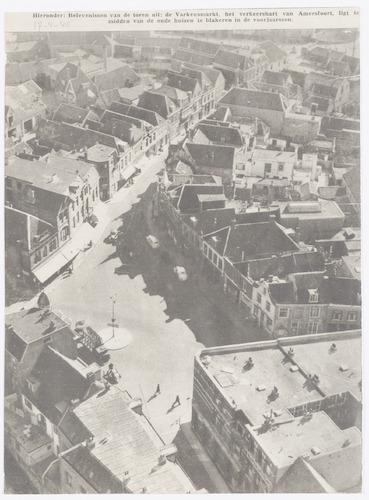 Overzichtsfoto van de Varkensmarkt en omgeving, genomen vanaf de Onze Lieve Vrouwetoren. Naar boven toe loopt de Arnhemsestraat. Rechts begint de Utrechtsestraat, onderaan de Westsingel en links de Zuidsingel.