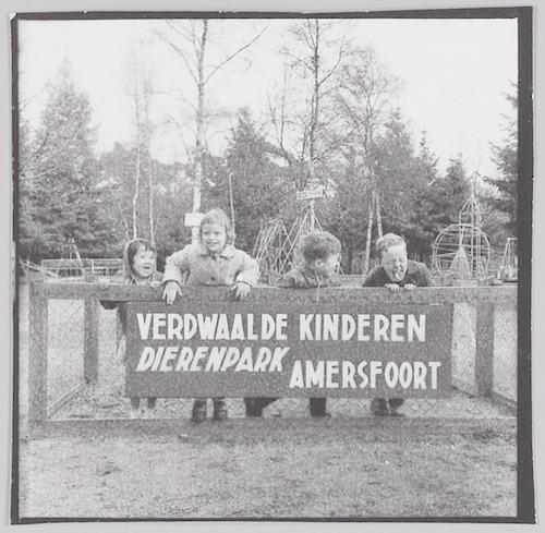 Dierenpark Amersfoort ontvangt bezoek van kinderen...