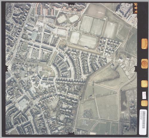Luchtfoto van oostelijk Hoogland, d.w.z. De Ham, De Bik en Sportpark Langenoord. Rechts een deel van Stadspark Schothorst.
