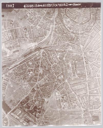 Zie ook Kaart_182 (in de fotocollectie): dit is een plattegrond waarop de locaties zijn aangegeven.