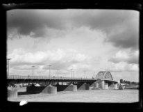Arnhem, Rijnbrug (zie ook Schipbrug)