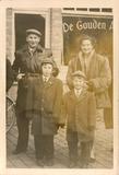 Roesbrugge: familie Goussey voor café De Gouden Arend