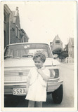 Vladslo: jonge Maureen Bouttens in de Werkenstraat