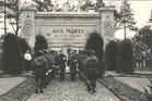 Wulpen: huldiging aan het monument voor de militaire slachtoffers van de 4de legerafdeling