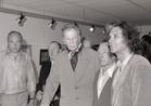 Koksijde: Prins Karel in gezelschap van Koksijde kunstenaars