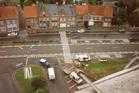Woumen: opbouw kermistent op dorpsplein