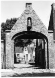 Diksmuide: Stichting van Wezel : gebouwen
