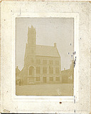 Lo: gerestaureerde stadhuis in 1907