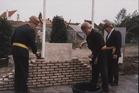 Koksijde: eerste steenlegging van de Gemeentelijke Basisschool van Oostduinkerke
