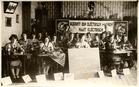 Keiem: naailessen met de elektrische naaimachine van Singer in 1931