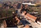 Zonnebeke: luchtfoto van de dorpskern