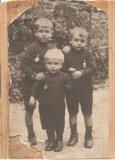 De Panne: drie broers op de foto