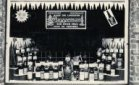 Diksmuide: etalage wijn- en likeurhandel Steen