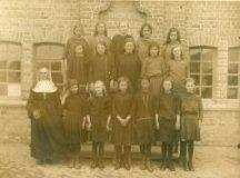 Vladslo : Meisjesschool : klasfoto