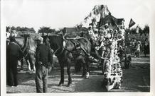 Koksijde: eerste bloemencorso in Sint-Idesbald