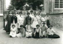 Lo: het zesde leerjaar van de Vrije Basisschool in 1961