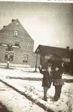Roesbrugge: sneeuwpret aan de Molenwal