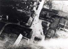 Zandvoorde: luchtfoto van uit ballon.