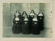 Woesten: vereniging met Zusters van Maria van Pittem