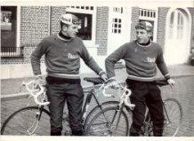 Langemark: wielrenners uit Woesten