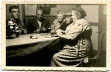 Lo: kaartspel op hoeve Ameloot