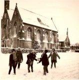 Sint-Juliaan (Langemark): sneeuwpret op straat in 1970